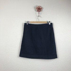 Brooks Brooks Red Fleece Size 8 Navy Eyelet Skirt